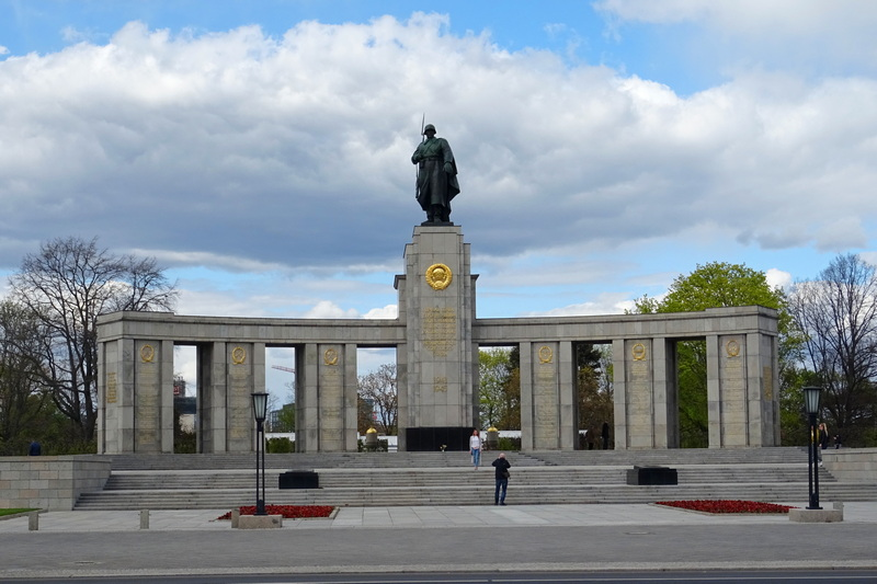 Soviet War Memorial Tiergarten free things to do in Berlin