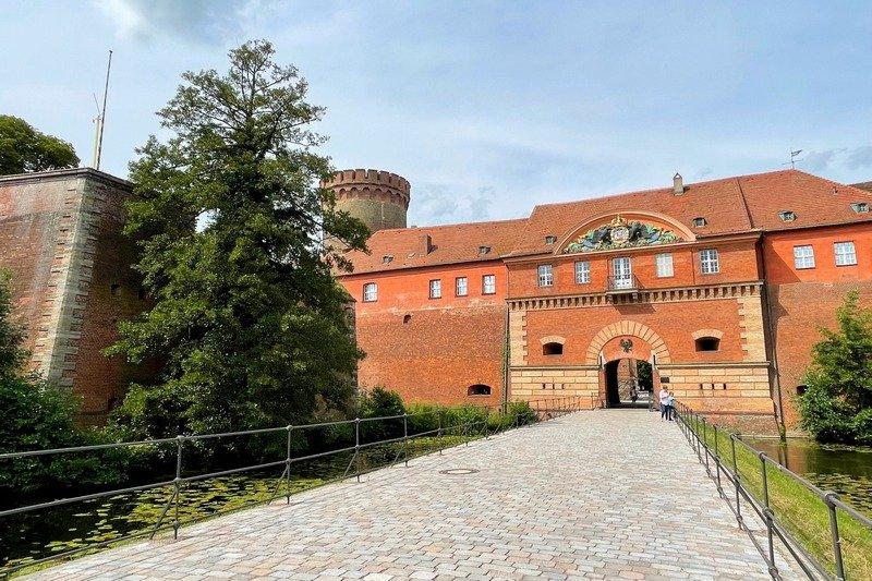 Spandau Citadel castles in Berlin