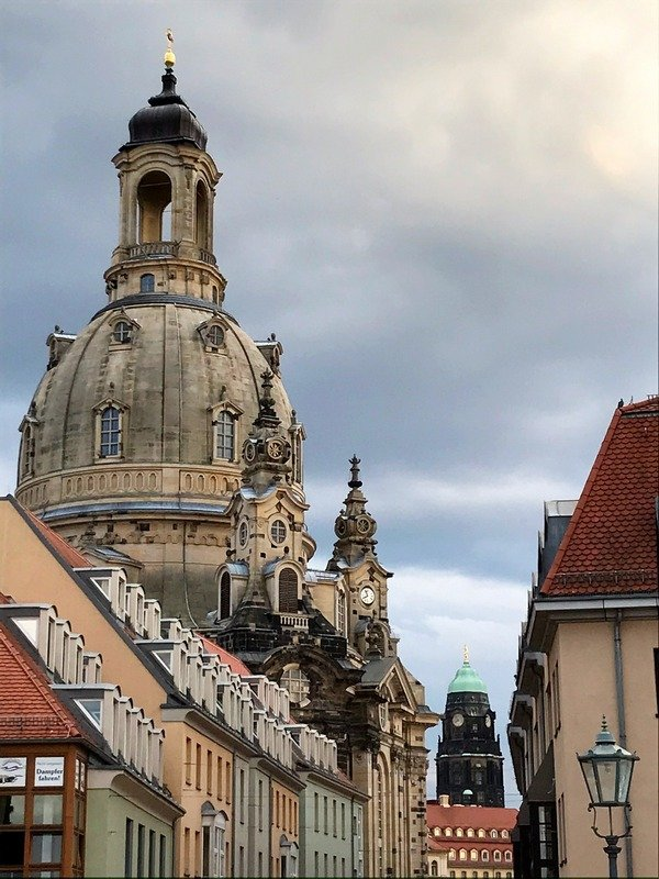how to take a day trip from Berlin to Dresden
